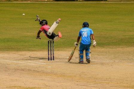 flying_through_the_group_stages_RBCC_India_2016